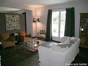 South of France - Provence - 6 Bedroom - Villa accommodation - living room (PR-1014) photo 5 of 10