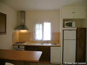 South of France - Provence - 1 Bedroom apartment - kitchen (PR-1022) photo 1 of 2