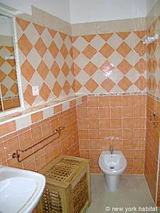 South of France - Provence - 1 Bedroom apartment - bathroom (PR-1022) photo 4 of 4