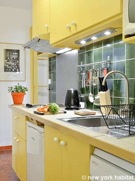 South of France - Provence - 1 Bedroom accommodation - kitchen (PR-1027) photo 2 of 2