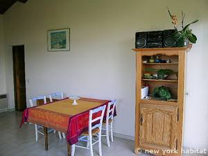 South of France - Provence - 2 Bedroom - Villa accommodation - kitchen (PR-1034) photo 5 of 6