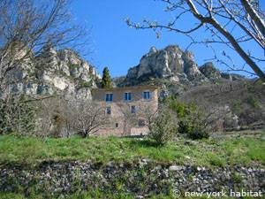 South of France - French Alps - 4 Bedroom - Villa accommodation - Apartment reference PR-1061
