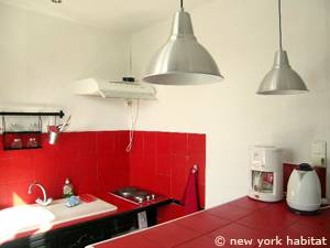 South of France - Provence - Alcove Studio apartment - kitchen (PR-1070) photo 3 of 5