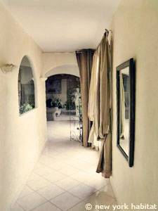South of France - Provence - 4 Bedroom - Villa accommodation - living room (PR-1081) photo 8 of 8
