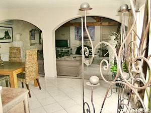 South of France - Provence - 4 Bedroom - Villa accommodation - living room (PR-1081) photo 5 of 8