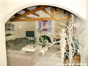 South of France - Provence - 4 Bedroom - Villa accommodation - living room (PR-1081) photo 1 of 8