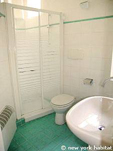 South of France - French Riviera - 2 Bedroom apartment - bathroom (PR-1082) photo 1 of 2