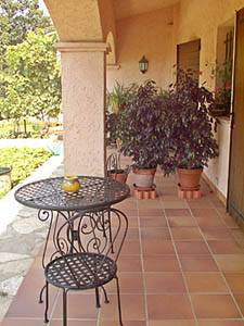 South of France - French Riviera - 3 Bedroom - Villa accommodation - bedroom 1 (PR-1084) photo 4 of 4