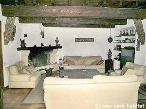 South of France - French Riviera - 3 Bedroom - Villa accommodation - living room (PR-1084) photo 2 of 6