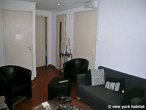 Sud de la France - Provence - T2 logement location appartement - séjour (PR-1088) photo 4 sur 4