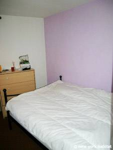 Sud de la France - Provence - T2 logement location appartement - chambre (PR-1088) photo 1 sur 3