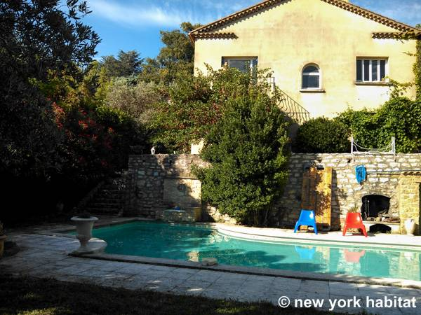 South of France - Provence - 4 Bedroom - Villa accommodation - Apartment reference PR-1099