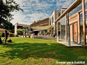 Logement dans le sud de la france location meubl e t7 - Location meublee aix en provence ...
