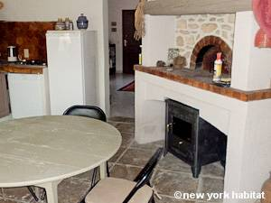 South of France - Provence - 1 Bedroom - Mas accommodation - kitchen (PR-1118) photo 2 of 5