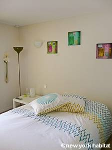 Sud de la France - Provence - Studio T1 logement location appartement - séjour (PR-1129) photo 2 sur 4