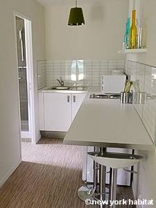 South of France - Provence - Studio accommodation - kitchen (PR-1129) photo 1 of 3