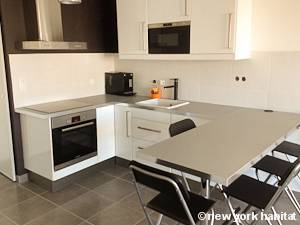 Sud de la France - Provence - T2 appartement location vacances - cuisine (PR-1131) photo 1 sur 3