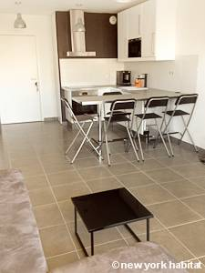 Sud de la France - Provence - T2 appartement location vacances - cuisine (PR-1131) photo 3 sur 3
