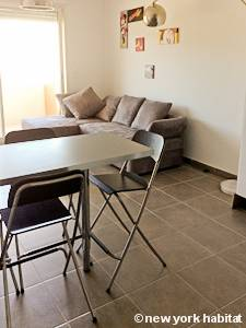 Sud de la France - Provence - T2 appartement location vacances - séjour (PR-1131) photo 4 sur 4