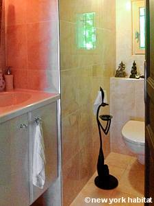 South of France - Provence - 3 Bedroom - Duplex - Villa accommodation - bathroom 3 (PR-1132) photo 2 of 2