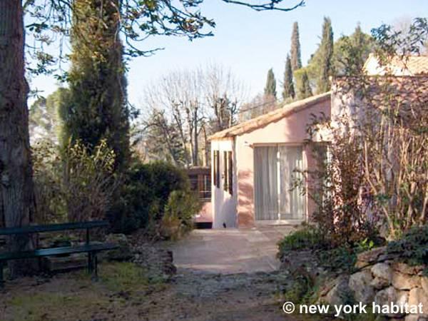 Logement dans le sud de la france location meubl e t4 - Location meublee aix en provence ...