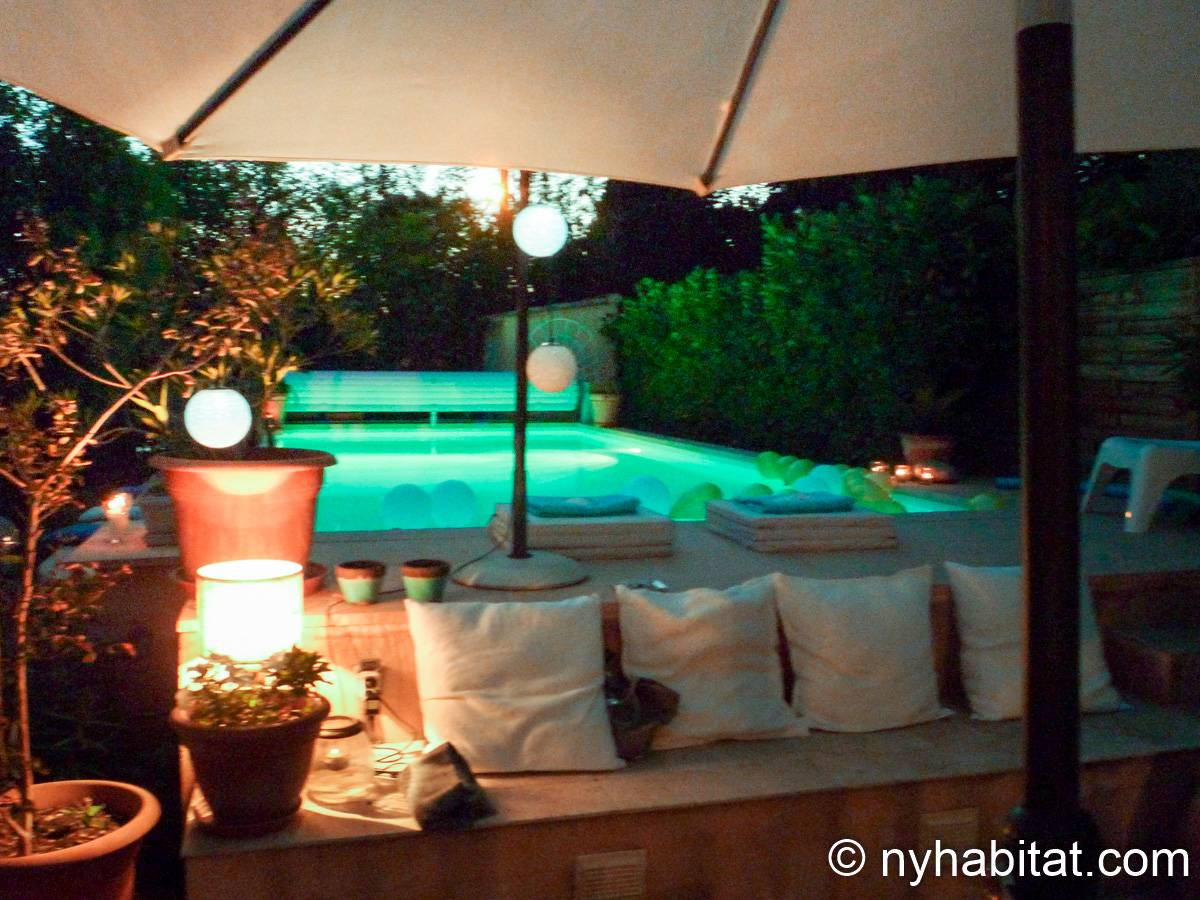 South of France Aix en Provence, Provence - 3 Bedroom accommodation - Apartment reference PR-1192