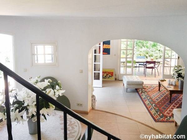 South of France - French Riviera - 4 Bedroom - Villa accommodation - living room (PR-1229) photo 7 of 7