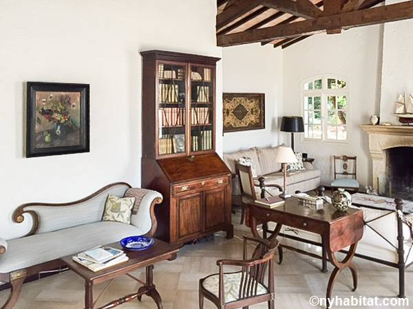 South of France - French Riviera - 4 Bedroom - Villa apartment - living room (PR-1233) photo 2 of 4