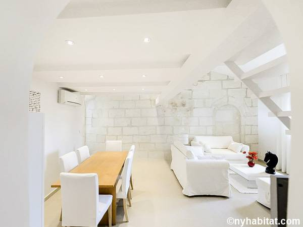 South of France - Provence - 3 Bedroom - Loft apartment - living room (PR-1237) photo 6 of 6