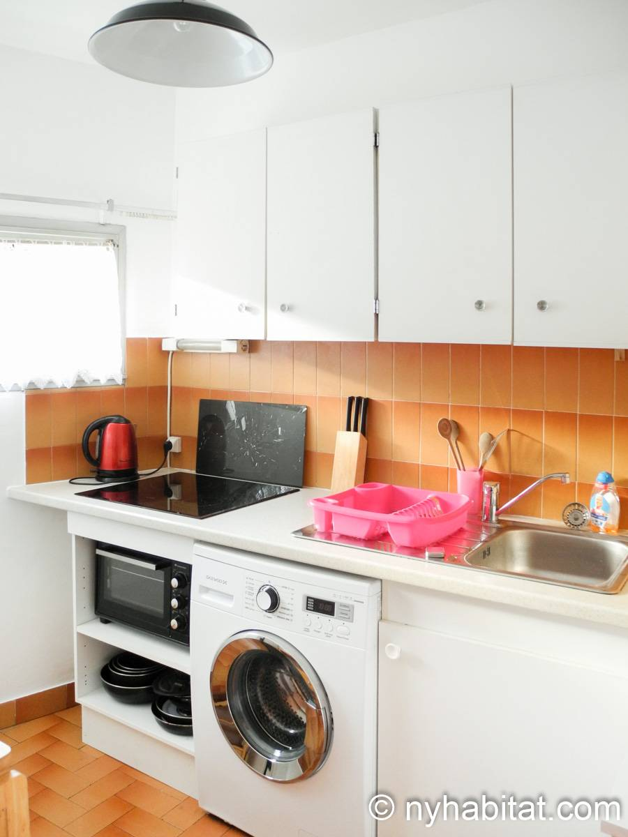 South of France - French Riviera - Studio apartment - kitchen (PR-1240) photo 1 of 3