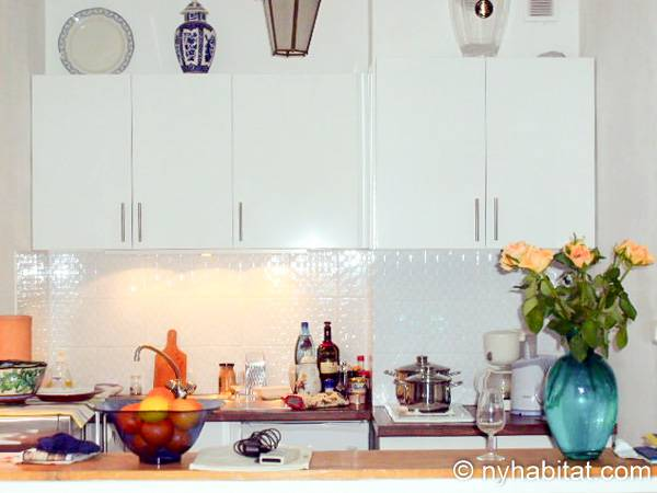 South of France - French Riviera - Studio accommodation - kitchen (PR-1242) photo 1 of 3