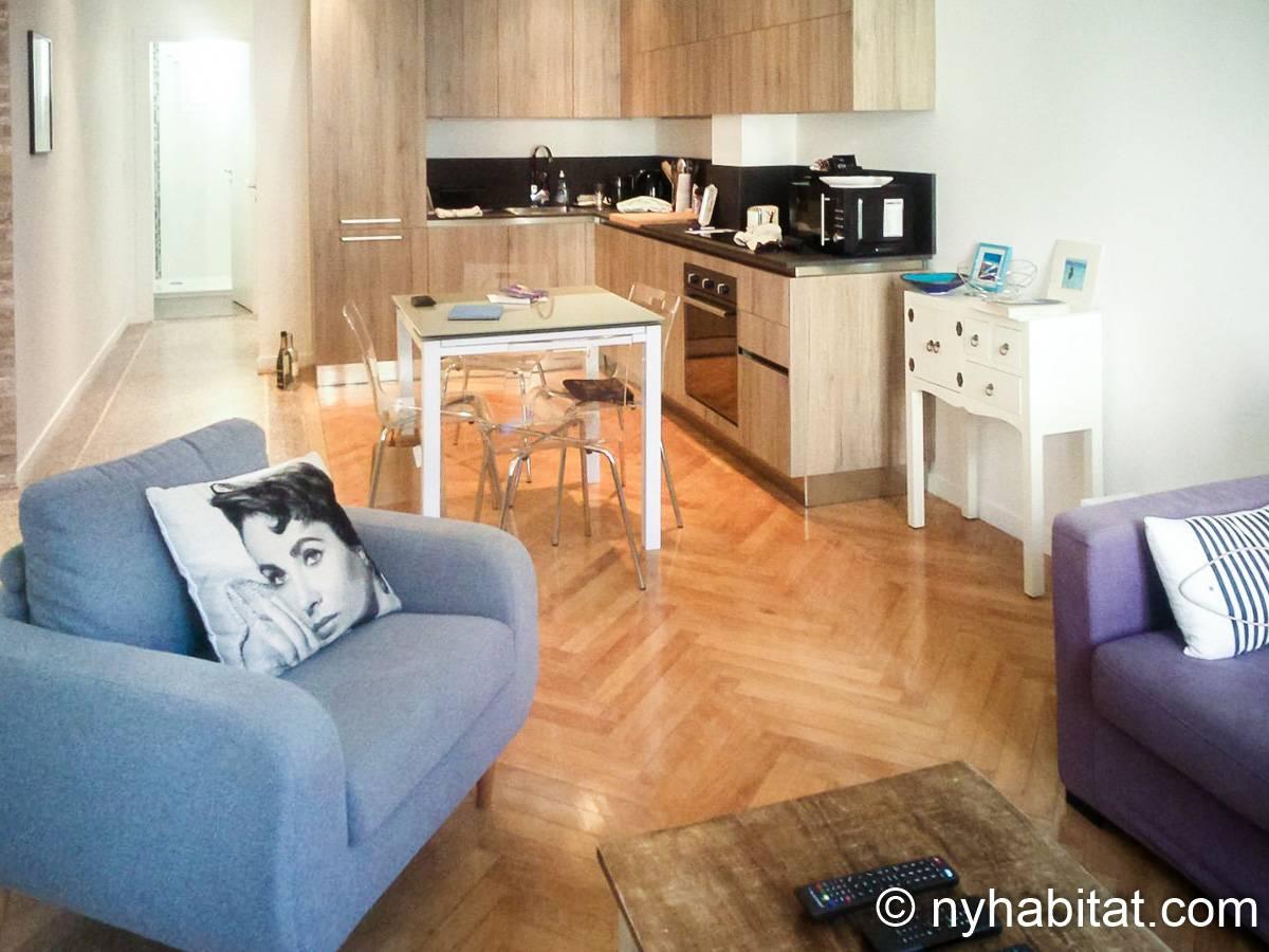 logement dans le sud de la france location meubl e t3 nice c te d 39 azur pr 1243. Black Bedroom Furniture Sets. Home Design Ideas