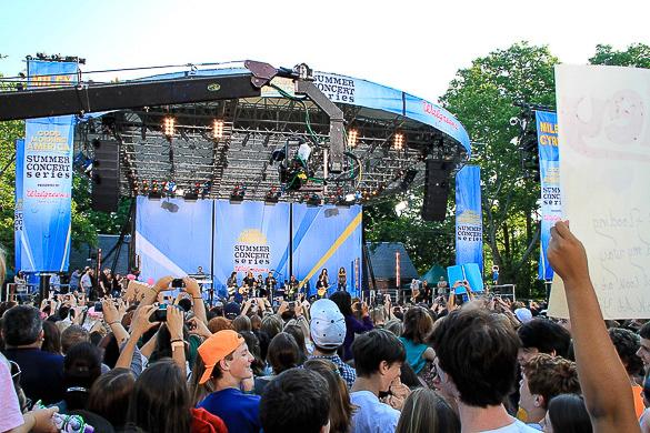 Imagen de un concierto del programa estadounidense Good Morning America al aire libre en Central Park, Nueva York.