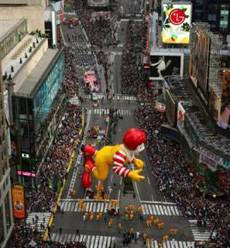 New York in Song – Thanksgiving Day Parade