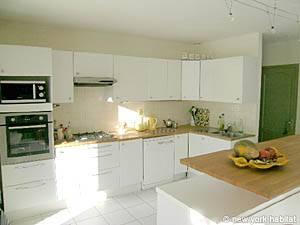 4 Bedroom Rental in Aix en Provence - Marseilles - Kitchen