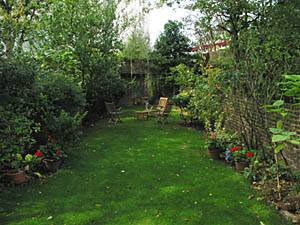 London Accommodation: 2 Bedroom Rental in West Brompton, Kensington - Chelsea (LN-426)
