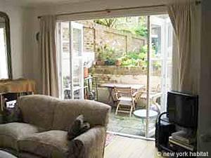 London Accommodation: 2-bedroom apartment in Kensington - Chelsea