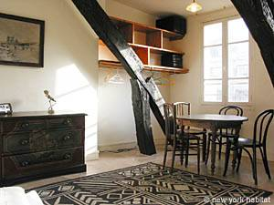 Paris Apartment: rental studio in Pere Lachaise (pa-2323) picts