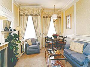 London Accommodation: 1-bedroom in Mayfair Westminster (LN-298)