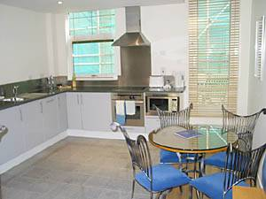 London Accommodation: studio apartment in City-Islington (LN-286)