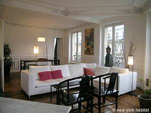 Paris Accommodation: 2-bedroom apartment in Halles, Opera - Le Luvre (PA-3799) Pict