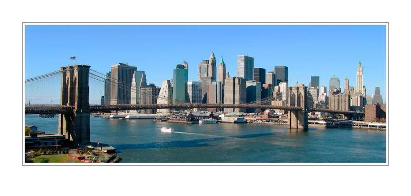 Brooklyn Bridge: New York