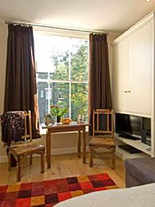 London Apartment Studio in Earls Court (LN-542)