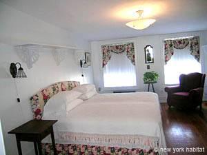 New York Vacation Rental 2 Bedroom in Carroll Gardens Brooklyn (NY 12845)