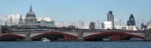 London Attraction: London Bridge