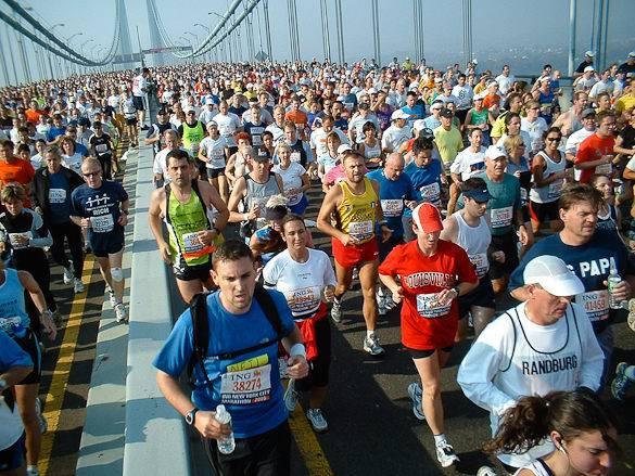 Image of New York City Marathon runners crossing the Verrazano-Narrows Bridge