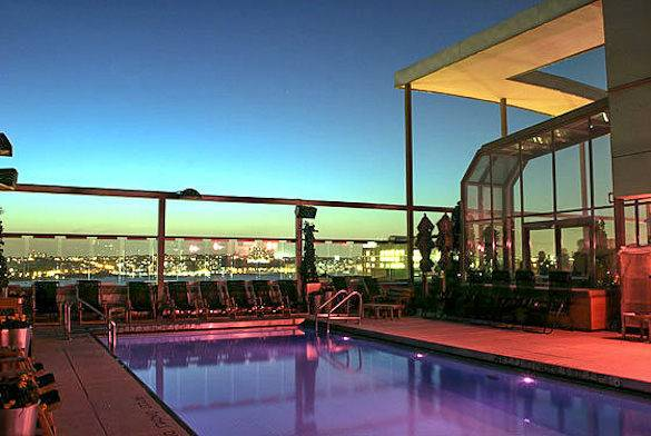 Image of a swimming pool and rooftop bar at Plunge, NYC