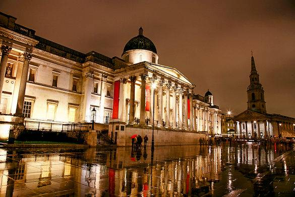 Picture of Trafalgar Square and the National Gallery one rainy day in London