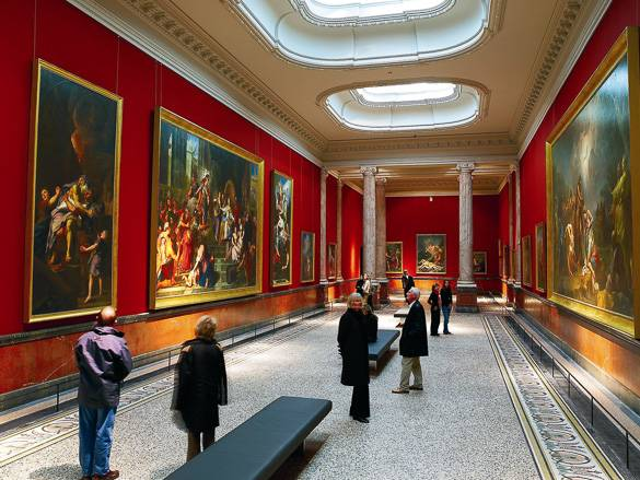 Image of a gallery in Montpellier's Musée Fabre