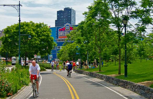 Picture of the Hudson River Park and Chelsea Piers